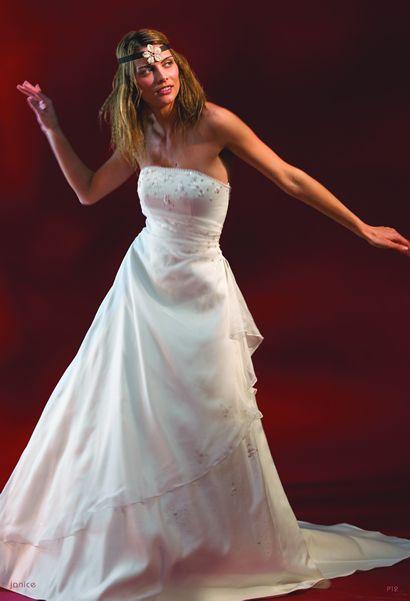 fa3523e683 Oczywiscie nie wszystkie w pełni odpowiadaja sukience wklejonej przez  just Kate. Ale generalnie starałam się szukać takich z lekko podwyższonym  stanem bez ...